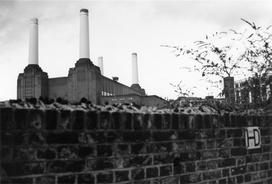 London, UK ~ Pig Factory ~ 1987 ~ CP873003 ~ Richard Clayton Photography ~ Cambridge Photo